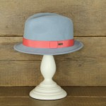 Topshop 0357 - Light blue 100% Wool Stingy Brim with salmon trim.